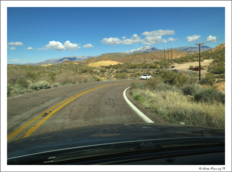 Driving on the Apache Trail