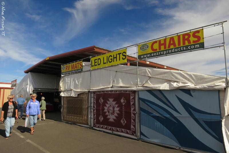 middle river flea market dates