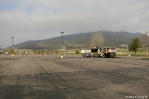 Another pic of our spot. This are has nice mountain views despite the asphalt parking lot.